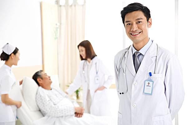 医生2 (2).jpg